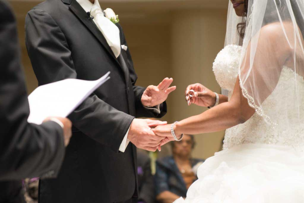 wedding officiants cost